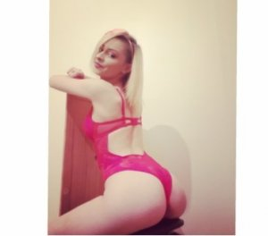 Naina massage escorts Edgewood