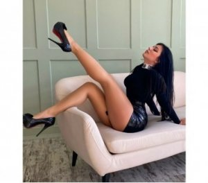 Pamella desi nuru massage in Swansea